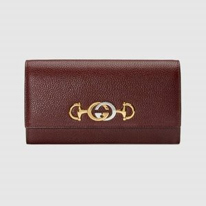 https://www.gucci.com/uk/en_gb/pr/women/womens-accessories/womens-wallets-small-accessories/womens-continental/gucci-zumi-grainy-leather-continental-wallet-p-5736121B90X6629?position=10&listName=ProductGrid&categoryPath=Women/Womens-Accessories/Womens-Wallets-Small-Accessories