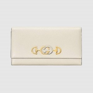 https://www.gucci.com/uk/en_gb/pr/women/womens-accessories/womens-wallets-small-accessories/womens-continental/gucci-zumi-grainy-leather-continental-wallet-p-5736121B90X9022?position=6&listName=ProductGrid&categoryPath=Women/Womens-Accessories/Womens-Wallets-Small-Accessories